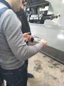 Zákazník navštíví továrnu