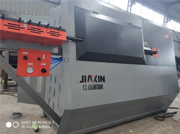 CNC ocelový ohýbací stroj cena